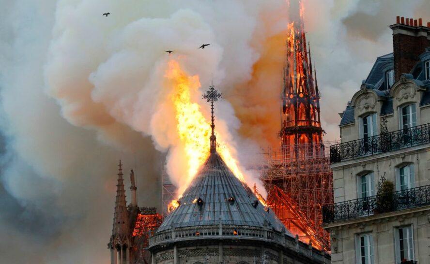 Антон Абрамов: Поминальная свеча европейского христианства