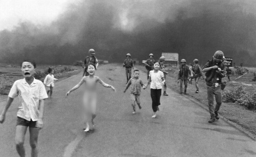 Ким Фук, девочка с фотографии «Напалм во Вьетнаме»: «Эти бомбы привели меня ко Христу»